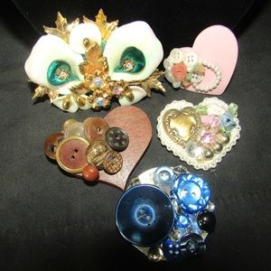 Jewelry - Lot of vintage handcrafted brooches